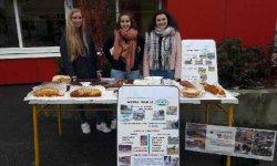 Vente de gâteaux au bénéfice des écoles de Matéri